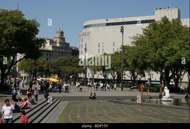 Barcelona shop store stock photos barcelona shop store - El corte ingles plaza cataluna barcelona ...