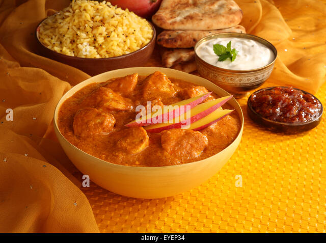 INDIAN MANGO CHICKEN CURRY MEAL - Stock Image