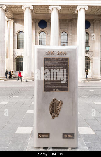 Easter Rising Centenary - monument outside Dublin GPO building to commemorate the centenary of the 1916 Irish rebellion - Stock Image