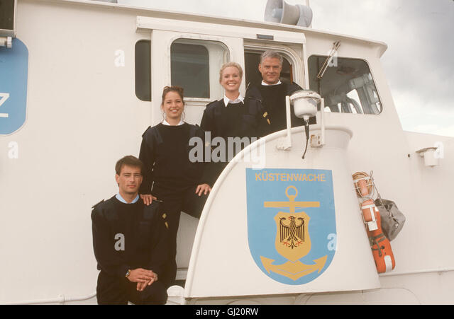 KÜSTENWACHE Kapitän Ehlers und seine Crew vom Küstenwachboot 'Albatros' sind wieder auf der - Stock Image