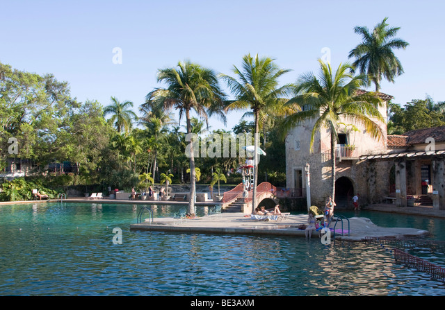 outdoor lido pools stock photos outdoor lido pools stock images alamy. Black Bedroom Furniture Sets. Home Design Ideas