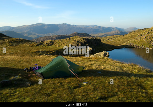The Glyder range from a high camp on Ysgafell Wen in the Moelwyn range, Snowdonia, North Wales, UK - Stock Image