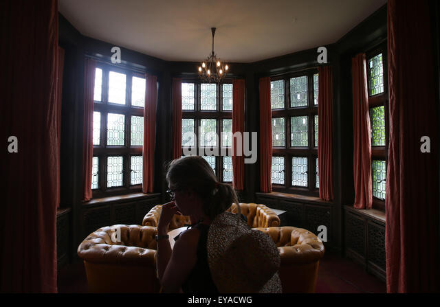 (150725) -- POTSDAM, July 25, 2015 (Xinhua) -- A visitor is seen at the Cecilienhof Palace in Potsdam, Germany, - Stock Image