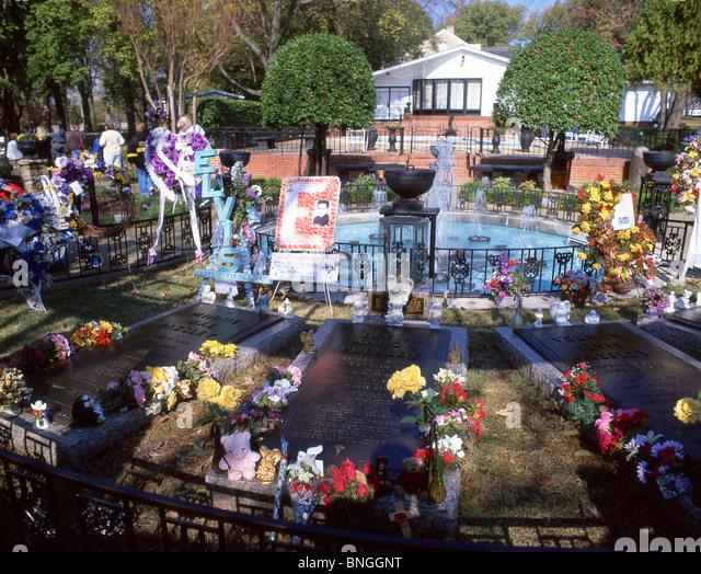 ... Mansion Elvis Stock Photos & Tennessee Memphis Graceland Mansion Elvis