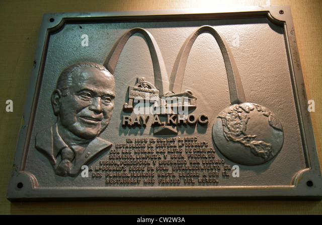 Mendoza Argentina Avenida San Martin McDonald's fast food restaurant business global company commemorative plaque - Stock Image