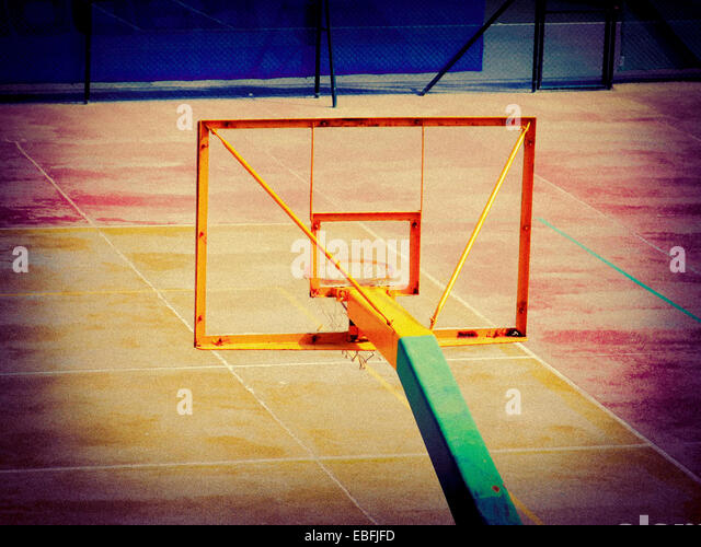 High angle view of an empty basketball court. - Stock-Bilder