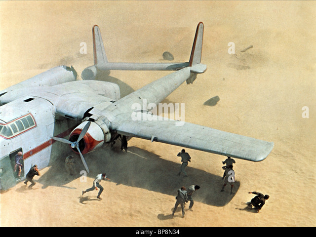 CRASHED FAIRCHILD C-82 SCENE THE FLIGHT OF THE PHOENIX (1965) - Stock Image