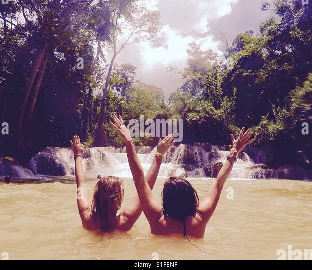 Waterfall in Laos - Stock-Bilder