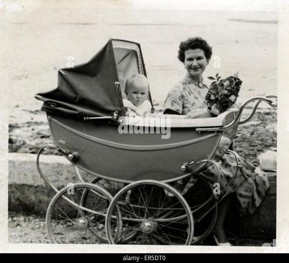 Vintage Pram, England. 1950s - Stock Image