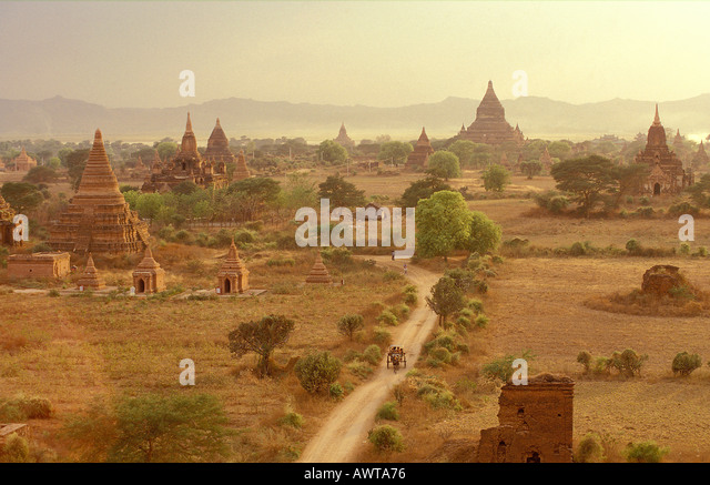 myanmar bagan The ancient temples at the historical site of bagan shortly after a sand storm - Stock-Bilder