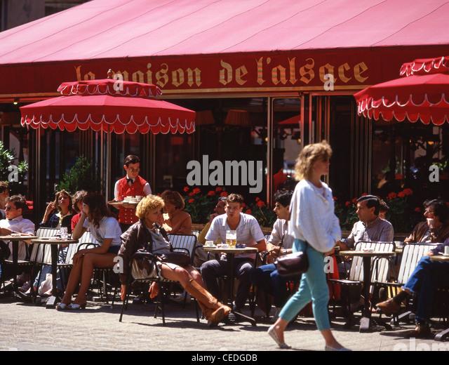 Avenue de france stock photos avenue de france stock images alamy - Maison des champs elysees ...