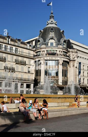Bazaar Hotel De Ville In Paris