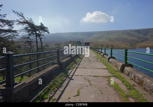 Road over Grwyne Fawr Dam in the Black Mountains of Gwent, Monmouthshire in Wales - Stock Image