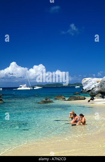 British Virgin Islands Virgin Gorda family preparing to snorkel - Stock Image