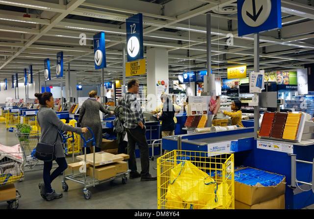 Ikea aisles stock photos ikea aisles stock images alamy for Casiers chez ikea