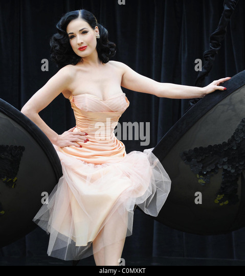 Dita Von Teese unveils her new 'Wonderbra By Dita Von Teese' collection at Covent Garden Piazza, London, - Stock Image
