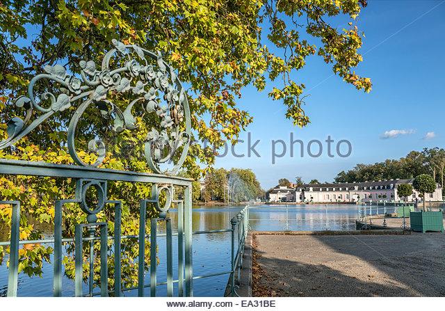 Benrath Castle, Duesseldorf, Germany | Schloss Benrath, Duesseldorf, Deutschland - Stock-Bilder