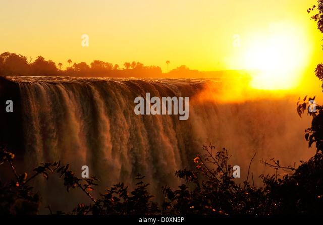Africa, Zimbabwe, Zambezi, River, Southern Africa, Victoria Falls, waterfall, water, canyon, gorge, sun, sunset - Stock-Bilder