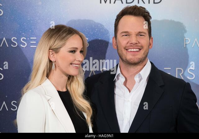 Madrid, Spain. 30th November, 2016. Jennifer Lawrence and Chris Pratt attend the photocall of 'Passengers' - Stock Image