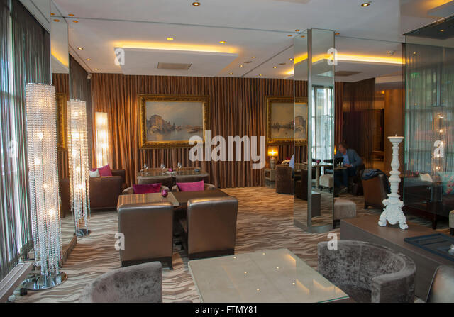 savoy restaurant stock photos savoy restaurant stock images alamy. Black Bedroom Furniture Sets. Home Design Ideas