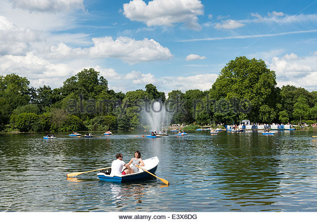 The West Boating Lake in Victoria Park, Hackney, London, England, UK - Stock Image
