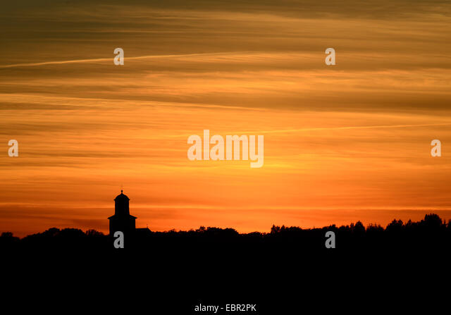church of Resmo at sunset, oldest used church of Sweden, Sweden, Oeland, Resmo - Stock-Bilder