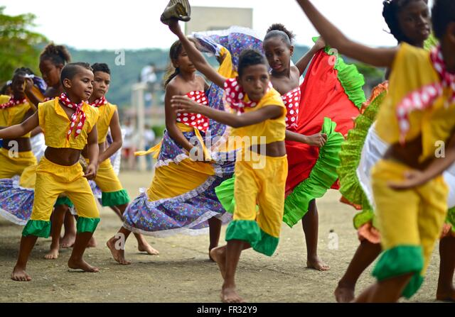 Afro-Colombian dances with colorful traditional clothing. - Stock Image