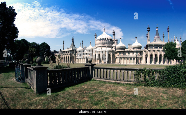 Wide-angle picture of Royal Pavilion, Brighton, England - Stock Image