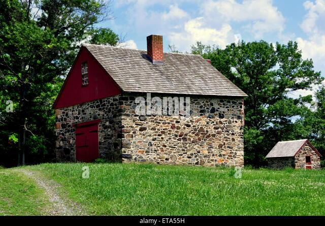 Chadds Ford, Pennsylvania:  Stone barn at the Gideon Gilpin House in the Brandywine Revolutionary War Battlefield - Stock Image