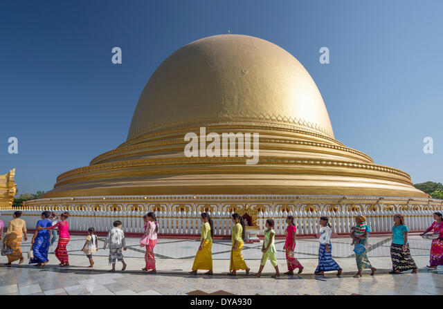 Mandalay Myanmar Burma Asia Sagaing Kaung Hmu Taw architecture ceremony city colourful colours famous golden pagoda - Stock-Bilder