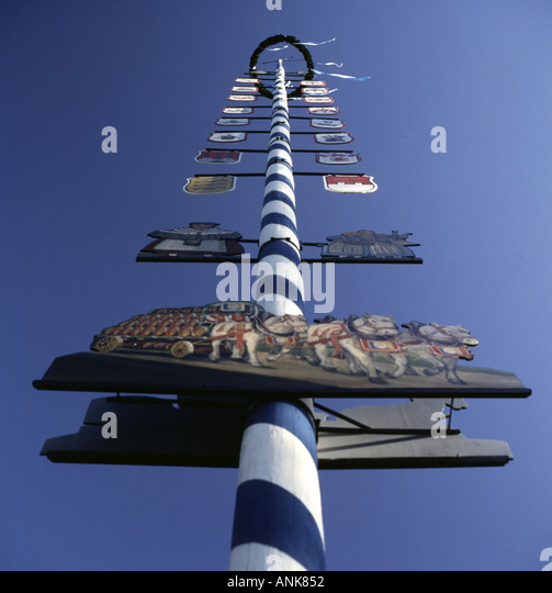 May pole in Bavaria Germany. Photo by Willy Matheisl - Stock Image