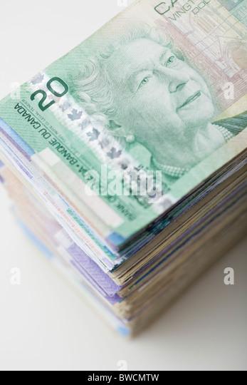 USA, Illinois, Metamora, Studio shot of stack of Canadian banknotes - Stock-Bilder