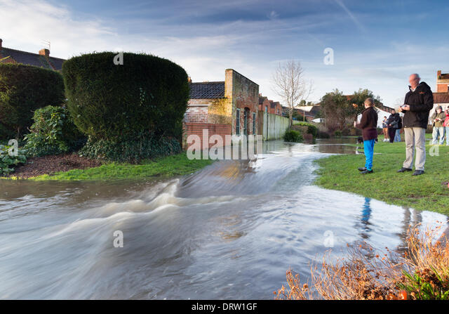 Somerset, UK. 2nd Feb 2014. Flooding in Blake Gardens, Bridgwater, as well as the underpass under Broadway, as the - Stock Image