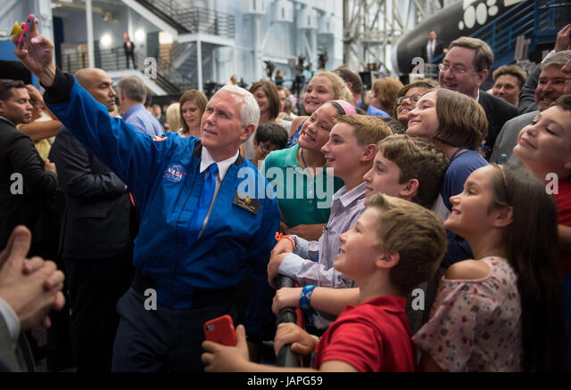 Houston, United States Of America. 07th June, 2017. U.S. Vice President Mike Pence takes a group selfie with kids - Stock Image