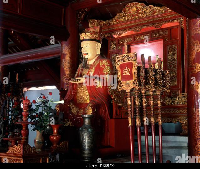 Statue of Confucius, Temple of Literature, Hanoi, Vietnam, Indochina, Southeast Asia, Asia - Stock Image