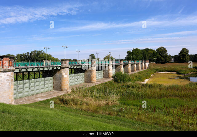 Flood protection, Pretziener Wehr, River Elbe, Pretzien, Saxony-Anhalt, Germany - Stock Image