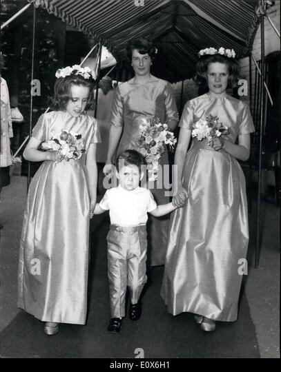 May 05, 1965 - Lord Snowdon's Half-brother marries Doctor's daughter: Mr. Martin Parsons, younger son of - Stock Image