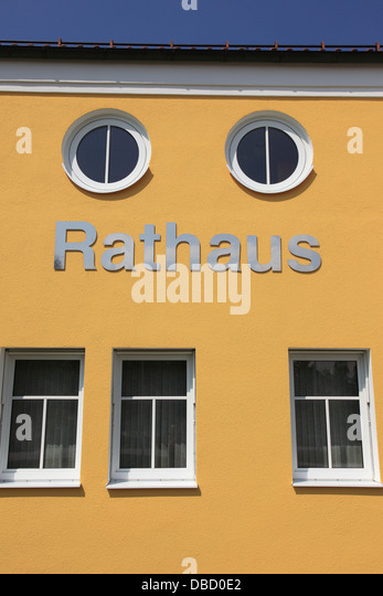 yellow facade of building, Rathaus, Town Hall,  Germany. Photo by Willy Matheisl - Stock Image