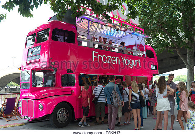 A promotional bus for Snog (a chain of frozen yoghurt shops), on the South Bank in London, UK. - Stock Image