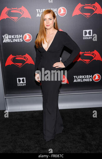 New York, NY, USA. 20th Mar, 2016. 20 March 2016 - New York, New York- Amy Adams. ''Batman V Superman: Dawn - Stock Image