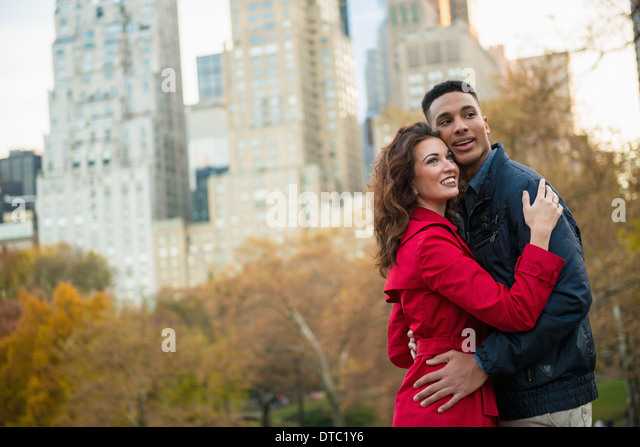 Young tourist couple in Central Park, New York City, USA - Stock-Bilder