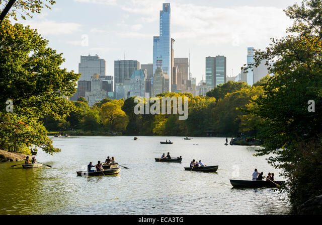 Rowing Boats on The Lake, Central Park, Manhattan, New York, United States - Stock Image