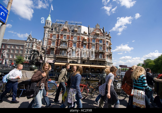 Amsterdam Hotel de l Europe school class - Stock Image