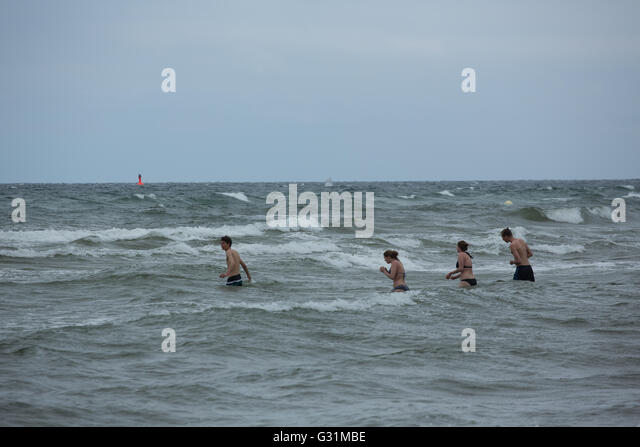 bathers baltic sea beach stock photos bathers baltic sea beach stock images alamy. Black Bedroom Furniture Sets. Home Design Ideas