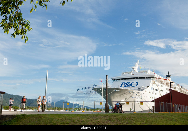 Cruise ship moored at the Cairns Cruise Liner Terminal. Trinity Wharf, Cairns, Queensland, Australia - Stock Image