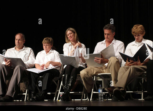 Robert Watzke, Zane Amundsen, Helen Slater, David Humphrey and Tyler Voss 'The Road To Freedom' live audience - Stock Image