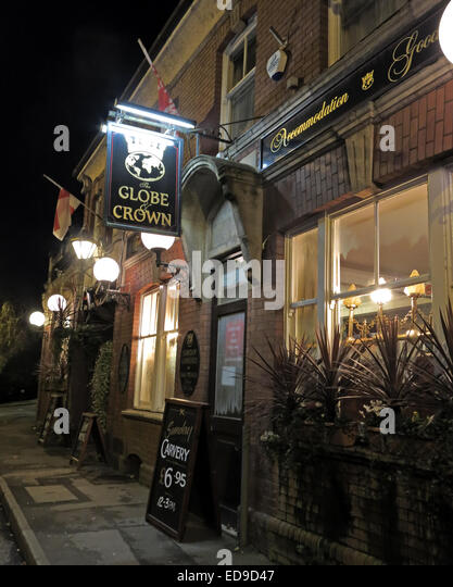The Globe and Crown Pub Yeovil town, Somerset, England UKFormally Globetrotters - Stock Image