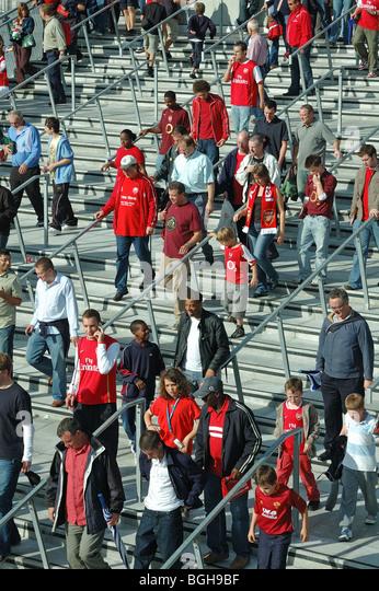 20 Arsenal Chants All True Fans Should Know | Bleacher ...
