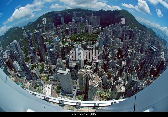 Fisheye aerial view of Central Hong Kong from the rooftop of IFC 2, including Exchange Square, Jardine House, HSBC - Stock-Bilder