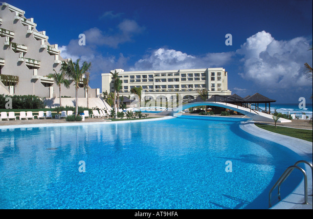 cancun mexico hotel swimming pool - Stock Image